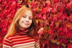 Внешний портрет милой девушки preteen Стоковое Изображение RF