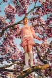 Внешний портрет моды годовалой девушки смешное 9-10 Стоковое фото RF