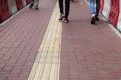 Внешний тактильный вымощая путь ноги для слепого Гонконга Стоковое фото RF