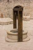 Внешний фонтан в старой крепости в Soroca, Молдавии Стоковые Фотографии RF