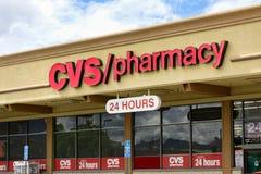 Внешняя витрина магазина фармации CVS Стоковые Фото