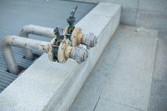 Внешняя главным образом система отключенного клапана воды составляет латунного plumbi Стоковая Фотография RF