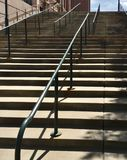 Внешняя лестница в городе стоковые изображения rf