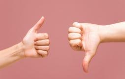 вниз большие пальцы руки путя вверх Стоковая Фотография RF