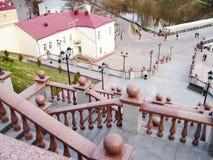 вниз лестницы стоковые изображения rf