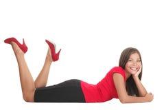 вниз лежа женщина стоковая фотография