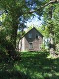 вниз несенная старая дома Стоковое Изображение