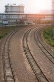 вниз смотреть поезд следов дороги рельса Стоковое Изображение
