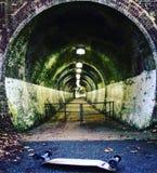 вниз тоннель Стоковое Изображение