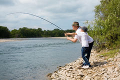 внук деда рыболовства Стоковая Фотография