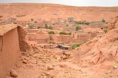 Внутреннее взгляд сверху Aït Benhaddou Kasbah в Ouarzazate в высоких горах атласа, Марокко стоковые фото