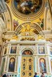 Внутреннее художественное оформление собора St Исаак, Санкт-Петербурга, России стоковые изображения rf