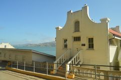 Внутренние здания 1930s внутри тюрьмы Alcatraz в Сан-Франциско Праздники Arquitecture перемещения стоковые фотографии rf
