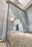 Внутренние стены здания под конструкцией Стоковое фото RF