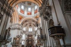Внутренний взгляд собора Зальцбурга Стоковое Изображение