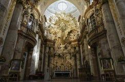 Внутренний взгляд Karlskirche, вены Стоковая Фотография RF