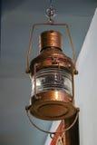 Внутренний винтажный фонарик меди смертной казни через повешение Стоковые Изображения RF