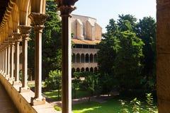 Внутренний двор монастыря Pedralbes Стоковые Изображения RF