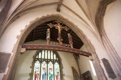 Внутренний высекать в аббатстве Crowland, Линкольншире, Великобритании - 27th Apri стоковая фотография rf