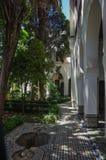 Внутренний двор музея Dar Jamai в квадрате El Hedim в Meknes, Марокко стоковая фотография