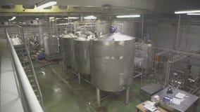 Внутренний завод для продукции взгляда молочных продучтов панорамного видеоматериал