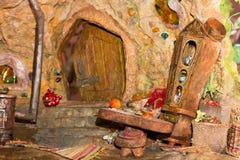 Внутренний кукольный домик стоковая фотография