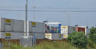 Внутренний порт Greer вытягивает шею башня за поездом стоковое изображение rf