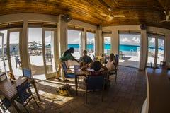 Внутренний ресторан в Bimini Багамских островах Стоковое Изображение