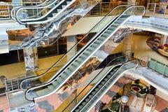 Внутренний торговый комплекс мебели грандиозный Торговый центр мебели ГРАНДИОЗНЫЙ - самая большая специальность s Стоковые Фото