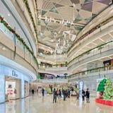 Внутренний торговый центр IFC, Шанхай, Китай Стоковое фото RF