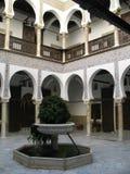 Внутренняя архитектура виллы Casbah алжирца Стоковое Фото