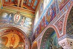Внутренняя картина на стенах церков первого мученика St Stephen в монастыре Beit Jamal Стоковые Фотографии RF