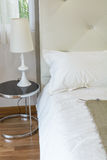 Внутренняя комната кровати Стоковые Фотографии RF