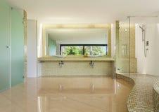 Внутренняя современная вилла, ванная комната Стоковые Изображения