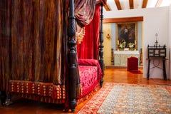 Внутренняя спальня в замке, Испании Стоковая Фотография RF