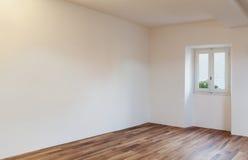 Внутренняя славная просторная квартира Стоковые Фото