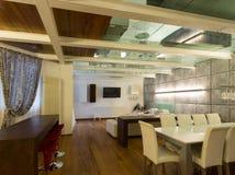 Внутренняя, широкая просторная квартира, столовая Стоковое Изображение