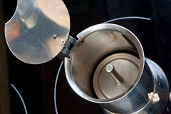 Внутри бака кофе moka Стоковое Изображение RF