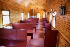 Внутри винтажного экипажа пассажира Стоковая Фотография RF