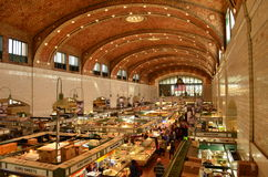 Внутри исторического рынка западной стороны в Кливленде Стоковые Изображения RF