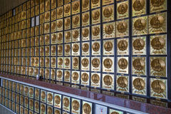 Внутри колумбария на 10 тысяч монастыре Buddhas Стоковое Изображение RF