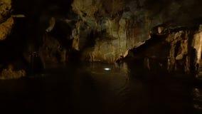 Внутри пещеры Lipa около Cetinje акции видеоматериалы