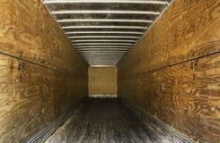 Внутри пустого старого трейлера Стоковые Изображения RF