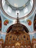 Внутри interier собора Svyato-Pokrovskyy стоковая фотография