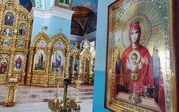 Внутри interier собора Svyato-Pokrovskyy стоковое изображение rf