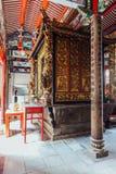 Внутри Kek Lok Si висок буддийский висок в Penang, и один из самых лучших известных висков на острове Стоковые Изображения RF