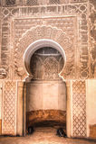 Внутри medersa Бен Youssef в Marrakesh, Марокко Стоковая Фотография RF