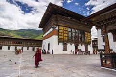 Внутрь Trashi Chhoe Dzong, Тхимпху, Бутана стоковые фото