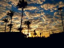 внушительный заход солнца стоковая фотография