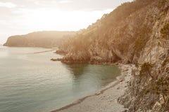 вода взгляда неба океана облака Предпосылка природы с никто Morgat, полуостров Crozon, Бретань, Франция Стоковая Фотография